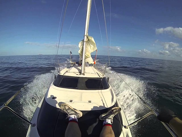 Day Sail from Mumbai on 26 footer