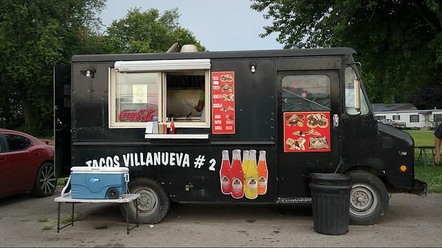 Tacos Villanueva #2 Taco Truck in Des Moines, Iowa