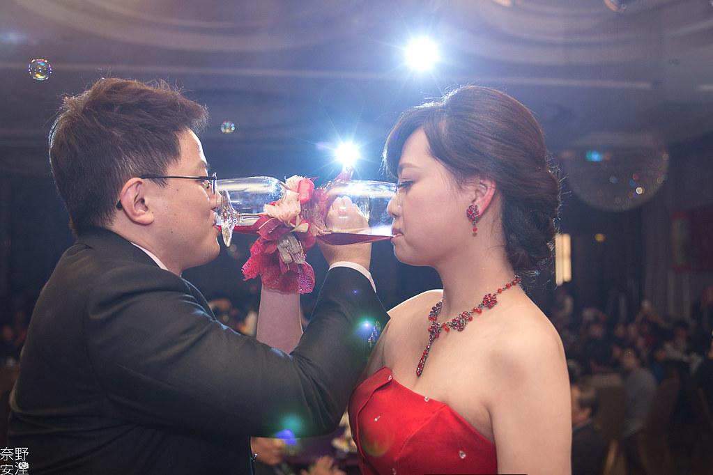 台南婚攝-繼中&佳芸-迎娶午宴 X 東東宴會式場-東嬿廳 (83)