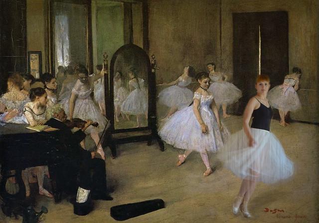 17 agosto 2012. Una ballerina contemporanea danza in un dipinto di Degas...