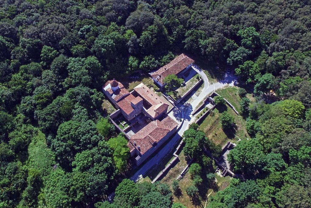 Staryi Krym, S. Khach monastery, aerial view, 2016.06.25 (01)