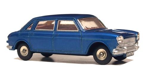37 Dinky GB Austin 1800