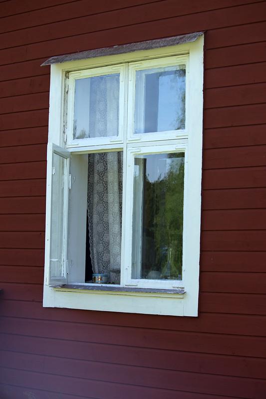 142 av 365 - Öppet fönster