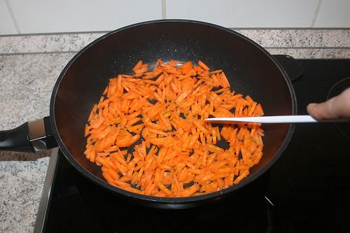24 - Möhren andünsten / Braise carrots