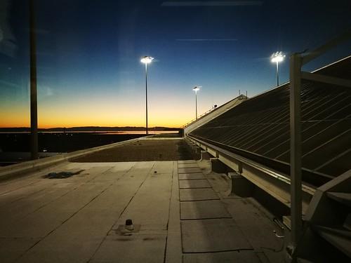 sanfrancisco 三藩市 旧金山 sfo airport 机场 sunrise 日出 america usa 美国