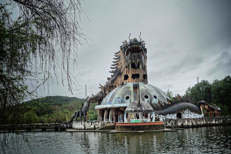 Hue - Ho Thuy Tien - Abandoned Water Park 6