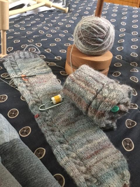 Yarn Along - 2/1/17