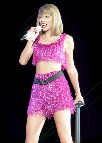 Taylor Swift 112