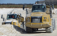 Caterpillar Dump Trucks