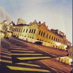 """""""Quando eu ando assim meio down/ Vou pra Porto e bah, tri legal ! / Coisas de magia, sei lá....""""  * Kleiton & Kledir #AplausoBlogAuroradeCinema #portoalegre #rs #kleitonekledir #MúsicatambéméassuntoBlogAuroradeCinema #MPB #músicagaúcha #brasilidade #cidad"""