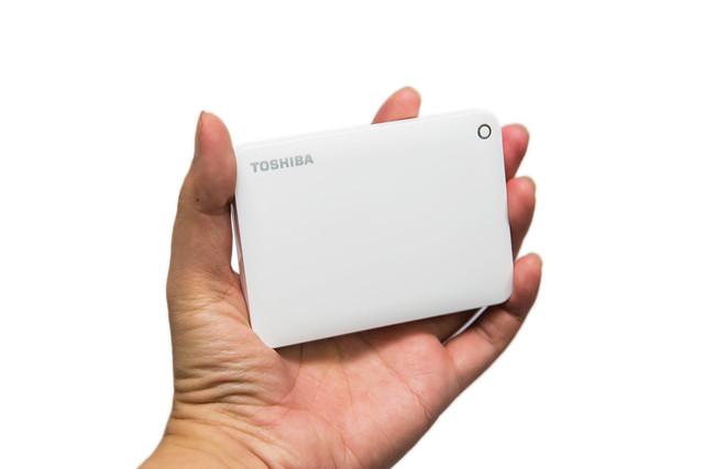 清薄高質感 Toshiba Canvio ConnectII 行動硬碟 @3C 達人廖阿輝