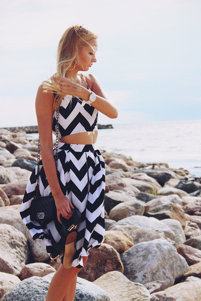 chevron-print-two-piece-set