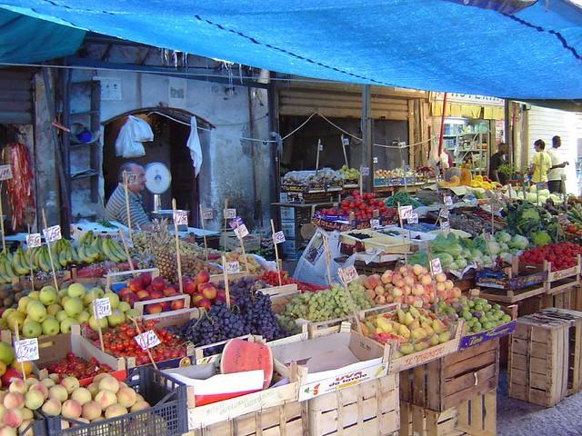 Stands (Mercado del Borgo Vecchio - Palermo)