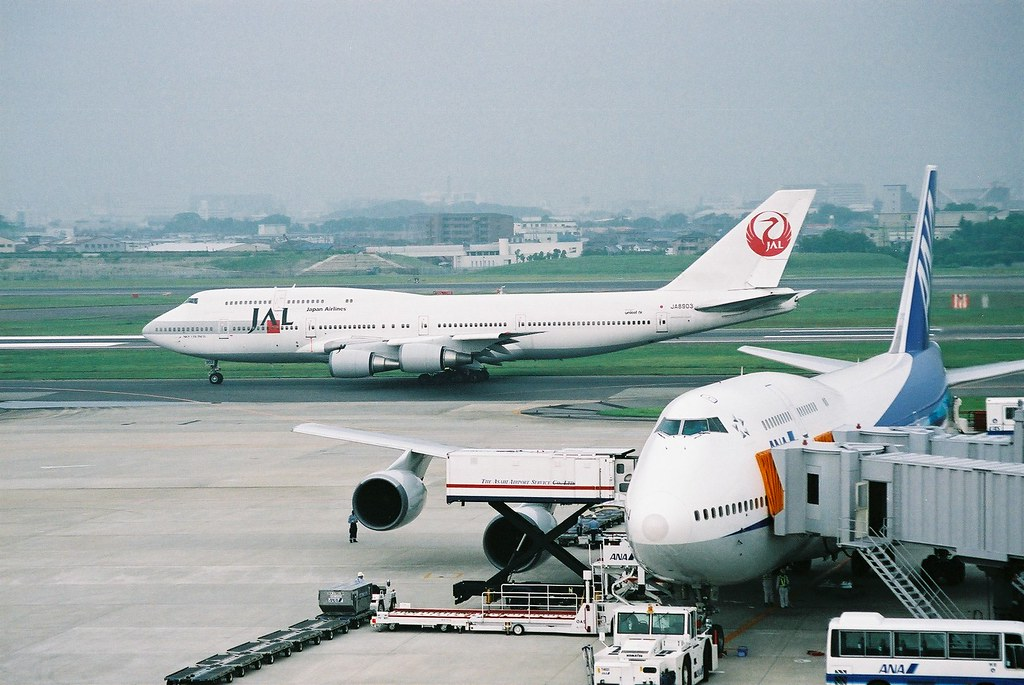 JAL B747-446D (JA8903) @ ITM/RJOO