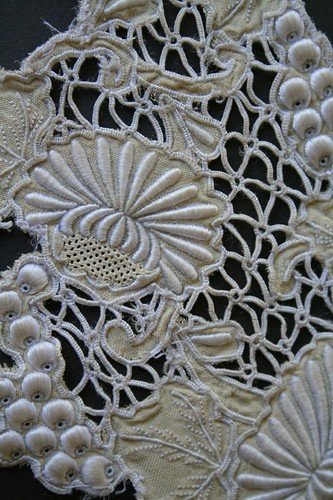 My Favourite Things: Old embroidery