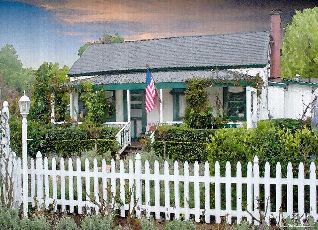 White house with green trim crw 5608 tex explore for White house green trim
