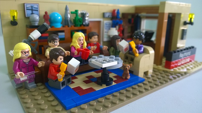 Review : #010 LEGO IDEAS - 21302 The Big Bang Theory 19445790168_5b5dcf97a3_c