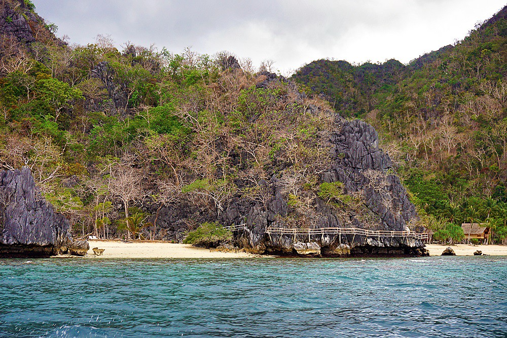 An Afternoon Siesta at Pass Island – Coron, Palawan, PH - thedailyposh