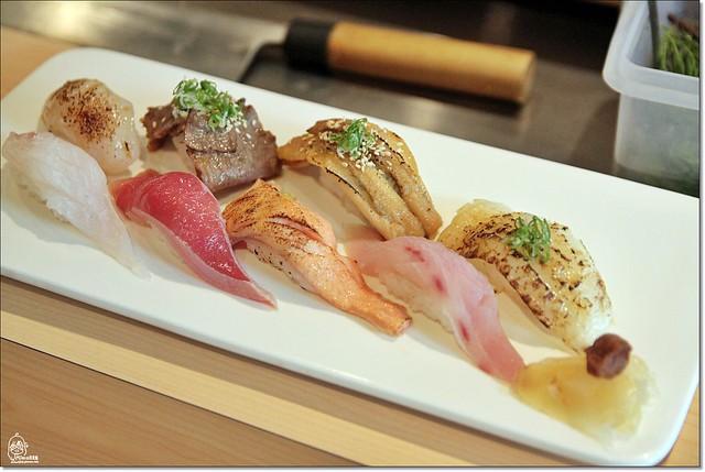 20230860925 08e71f20e1 z - 『熱血採訪』本壽司sushi stores-職人專注用心的日本料理精神,精緻生猛海鮮無菜單料理。情人節&父親節雙人套餐超值推出,道道是主菜,處處有驚喜。