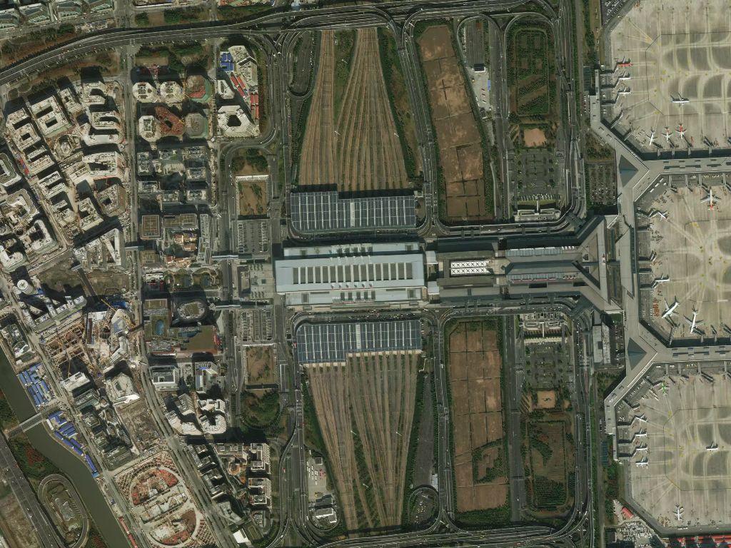satellite imagery of Hongqiao Railway Station