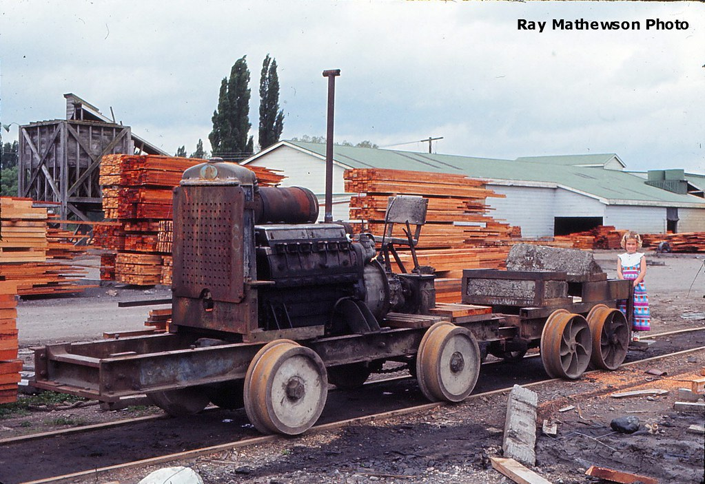 Hutt Timber Co Manunui October 1973
