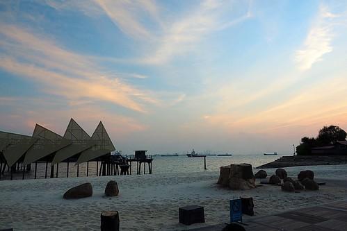 travel sunset weather wings singapore glow time dusk daily jul studios sentosa 日落 07 旅遊 生活 夕照 晚霞 2015 七月 新加坡 天氣 聖淘沙 時光之翼