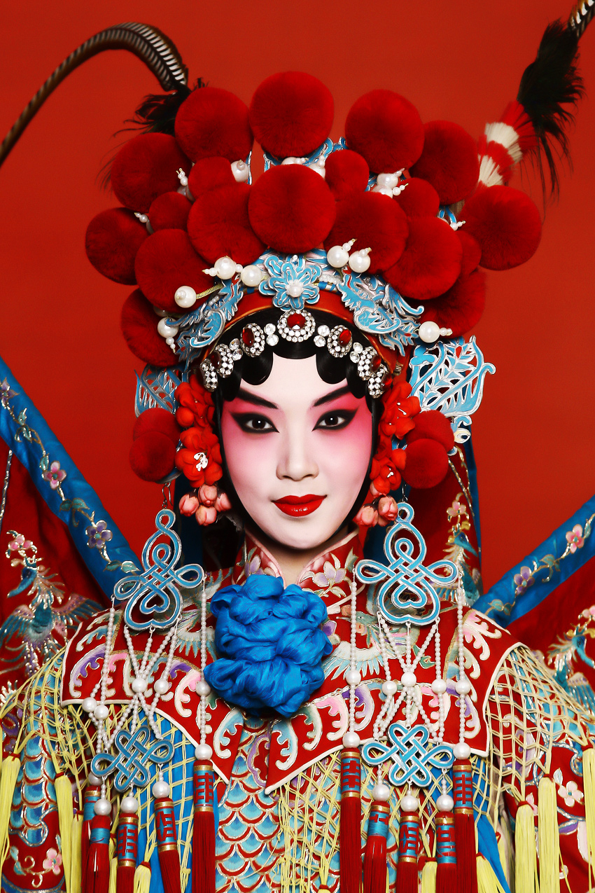 ELLEVICTOIRE Campaign Chinese Opera