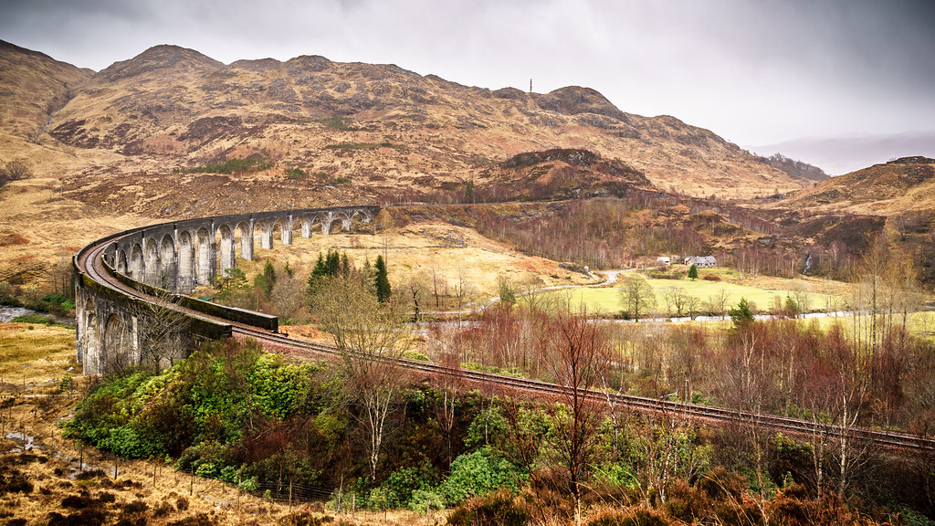 Glenfinnan viaduct, Scotland picture