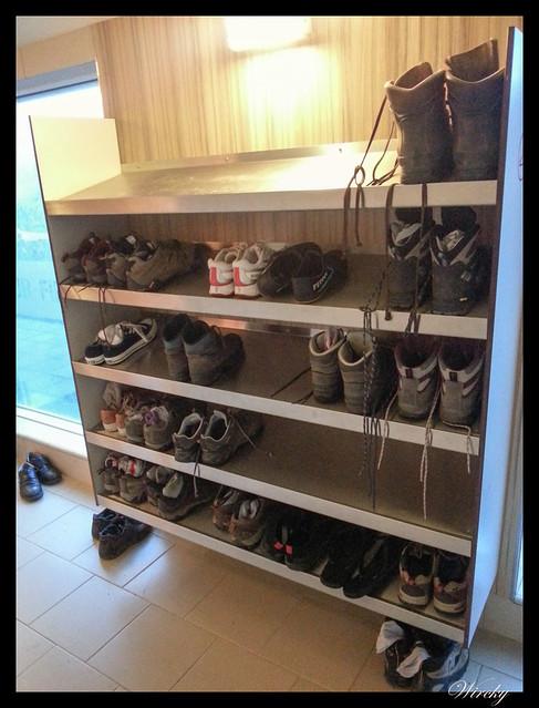 Zapatos en baños naturales Jardbodin