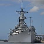 Изображение USS Missouri вблизи Hickam Field. ussmissouri oahuhi hawaiihi bb63 ussmissouribb63 roncogswell pearlharborhi ussmissouripearlharboroahuhi pearlharboroahuhi