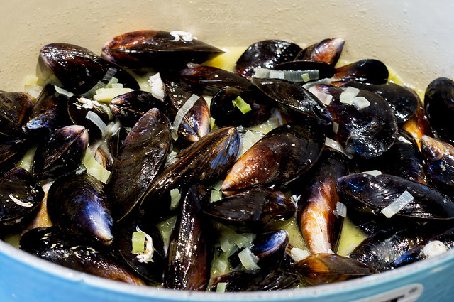 Moules marinière - Midii in sos de vin (5)