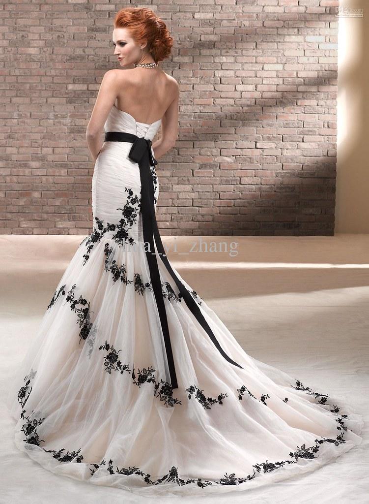 aef63b60515a White With Black Lace Wedding Dress   via Wedding Dresses Ga…   Flickr