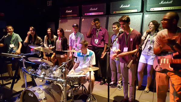 #NSLCBUSI visits the Experience Music Project