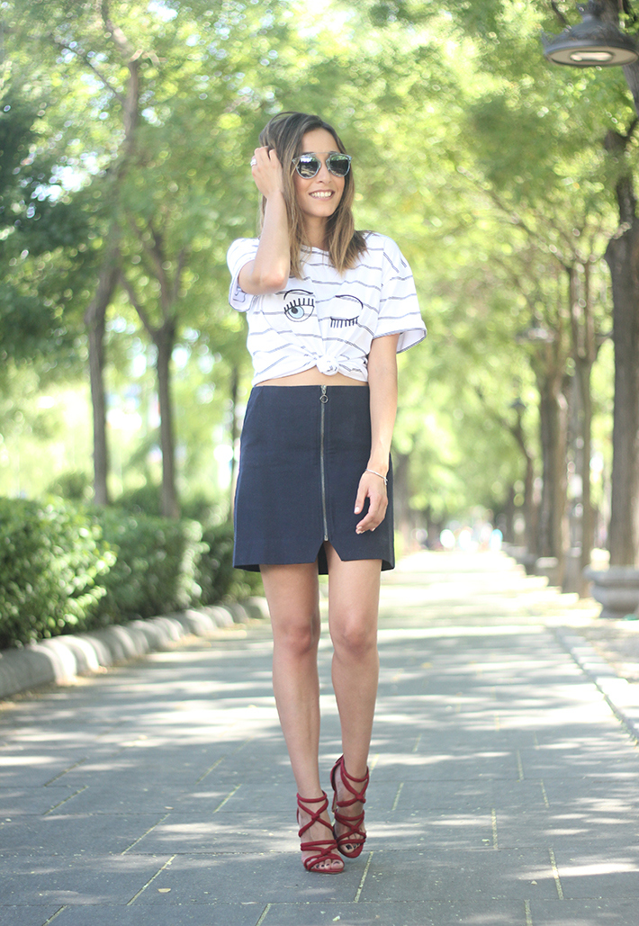 Stripped Shirt Blue Skirt Summer Outfit14