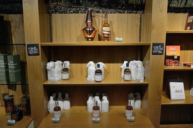 220-20160726_The Glenlivet Distillery-Banffshire-Visitor Centre-display of malt whisky products