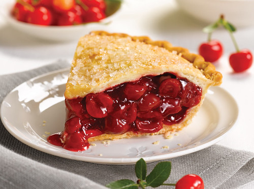"""4 Steps to Creating a """"Semi-Homemade"""" Fourth of July Pie!"""