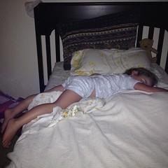 How is this comfortable?  #sleep #sleepingbaby