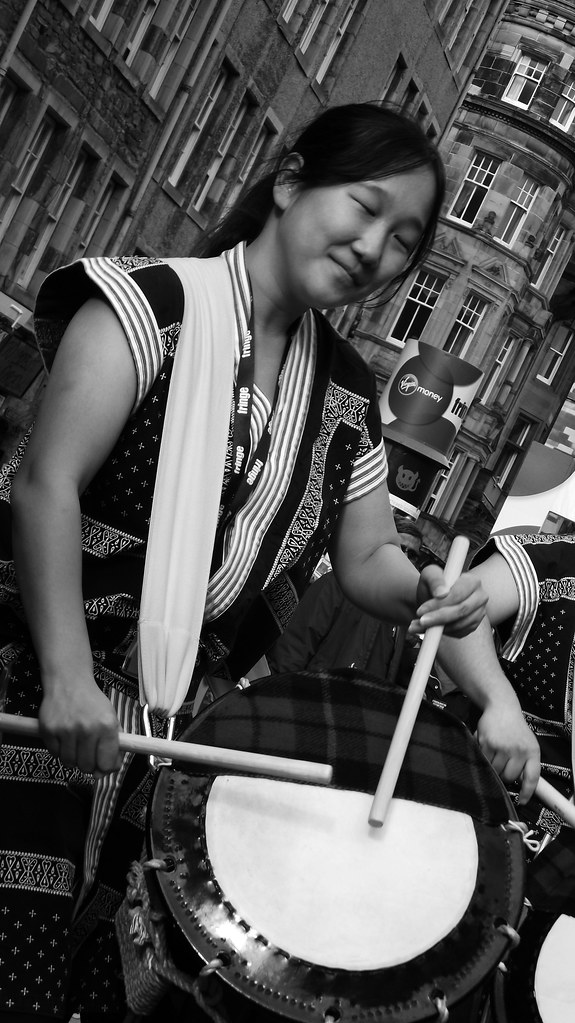 Edinburgh Fringe on the Mile 2015 013