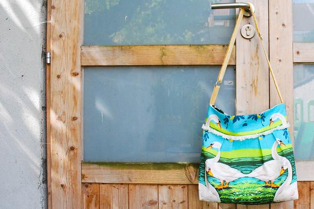 mijn tas en zwanen