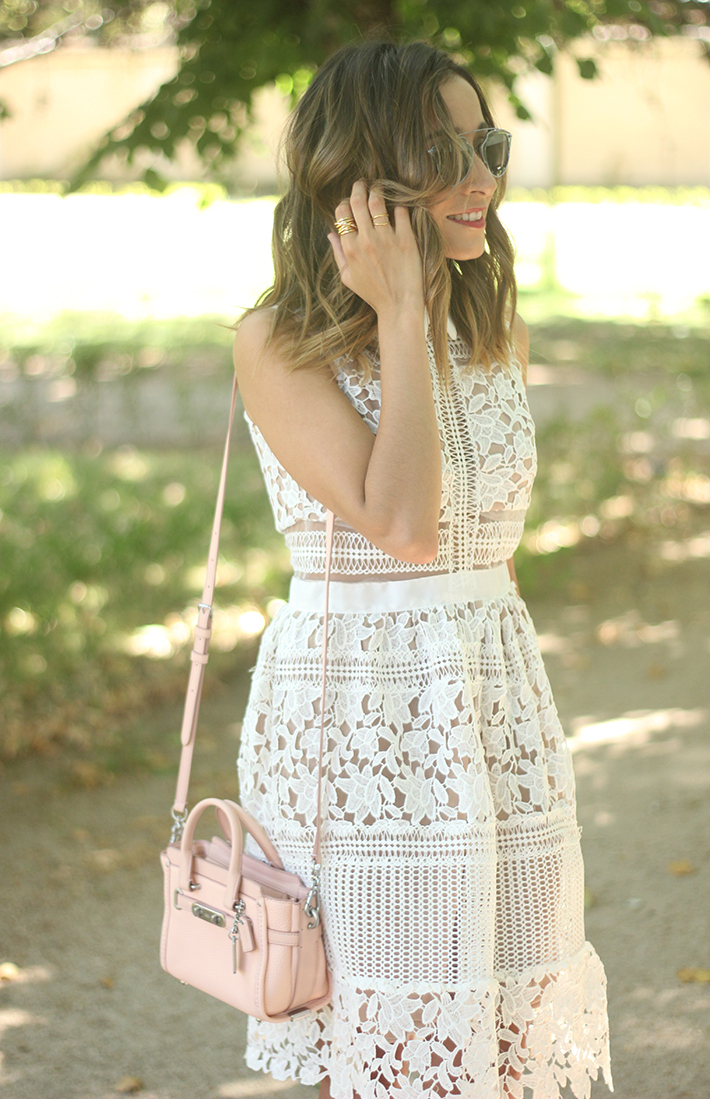 white lace dress summer outfit carolina herrera heels coach bag dior sunnies20