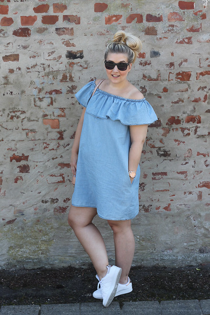 outfit-mango-kleid-summer-sommer-jeanskleid-look-style-zalando-fashionblog-modeblog-beliebte-berlin