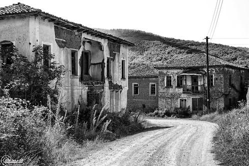 μακεδονία ελλάδα κορέστεια κρανιώνασ macedonian macedoniatimeless macedonia macedoniagreece greece hellas koresteia kranionas decacy abandoned ruins samsungnx1 samsungnx1650228s