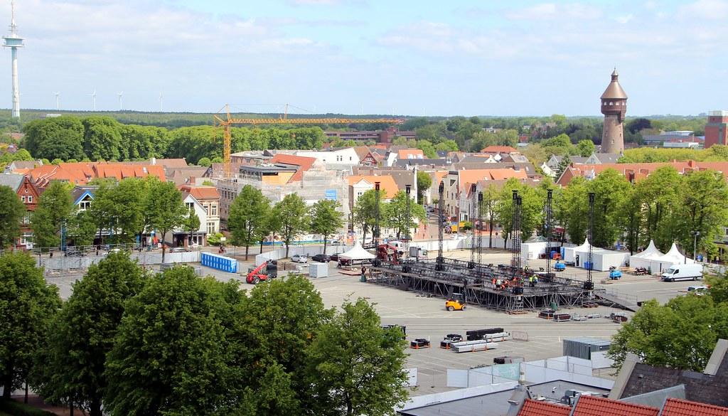 Viel Platz für Konzerte: Deutschlands größter Marktplatz in Heide