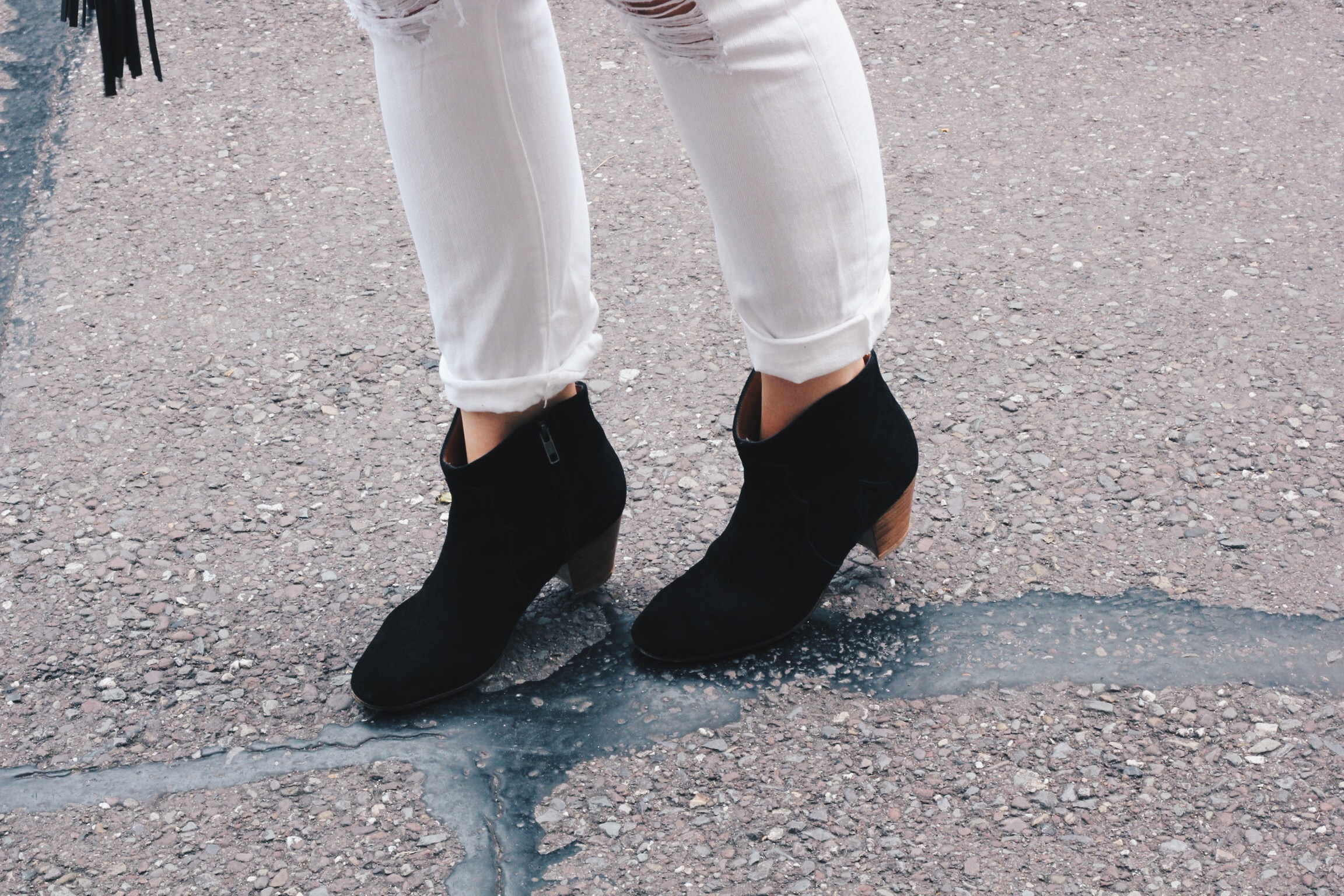 isabelmarant,etoile,boots,dicker,outfit,ireland,blogger,cork,style,suede,black
