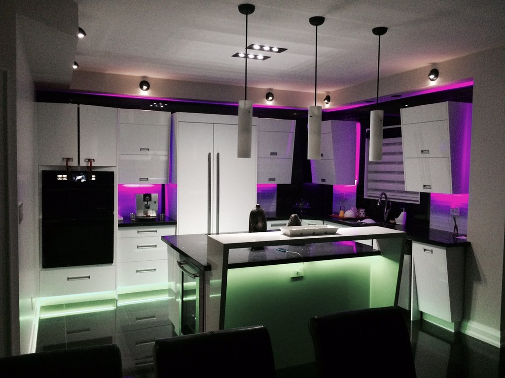 Residential Electricians Toronto Electrician In House Repair We Have A Special Unit That Deals With Emergency Cases Understand How Inconveniencing Electrical Failures Can Be For You And Your Family