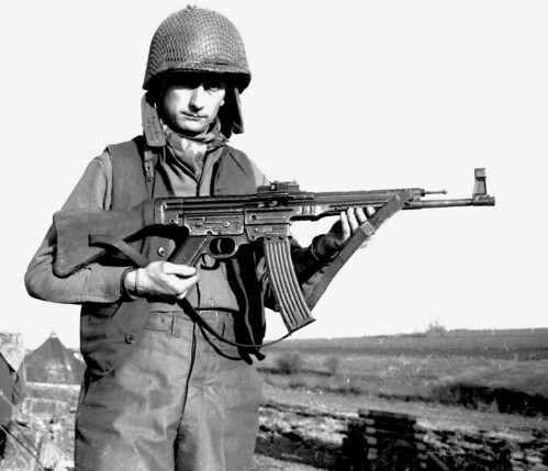 Private Alvin Glascock from 128 artillery battalion  with German rifle StG-44 February 45