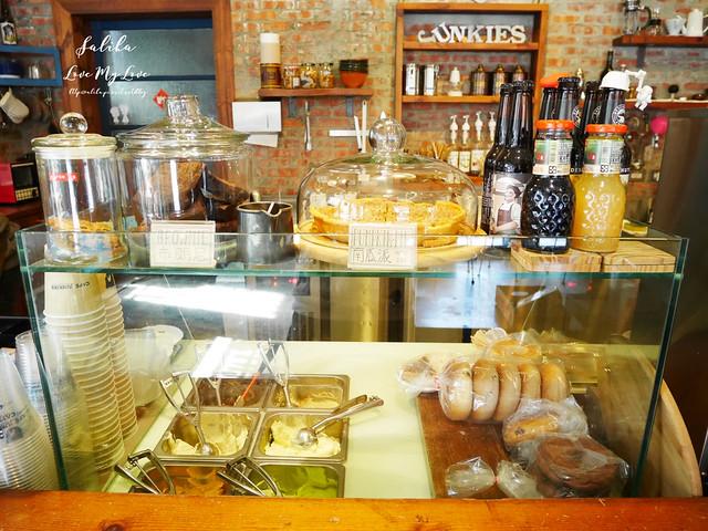 台北小巨蛋站附近咖啡館餐廳小破爛咖啡CAFE JUNKIES (12)