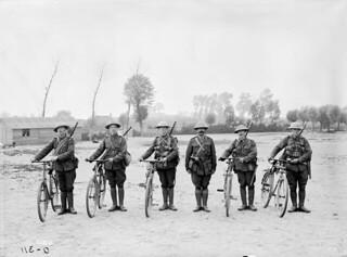 Cyclists of the 2nd Battalion, Canadian Expeditionary Force, at Scottish Lines near Poperinhge... / Cyclistes du 2e bataillon du Corps expéditionnaire canadien sur les lignes écossaises près de Poperinhge...