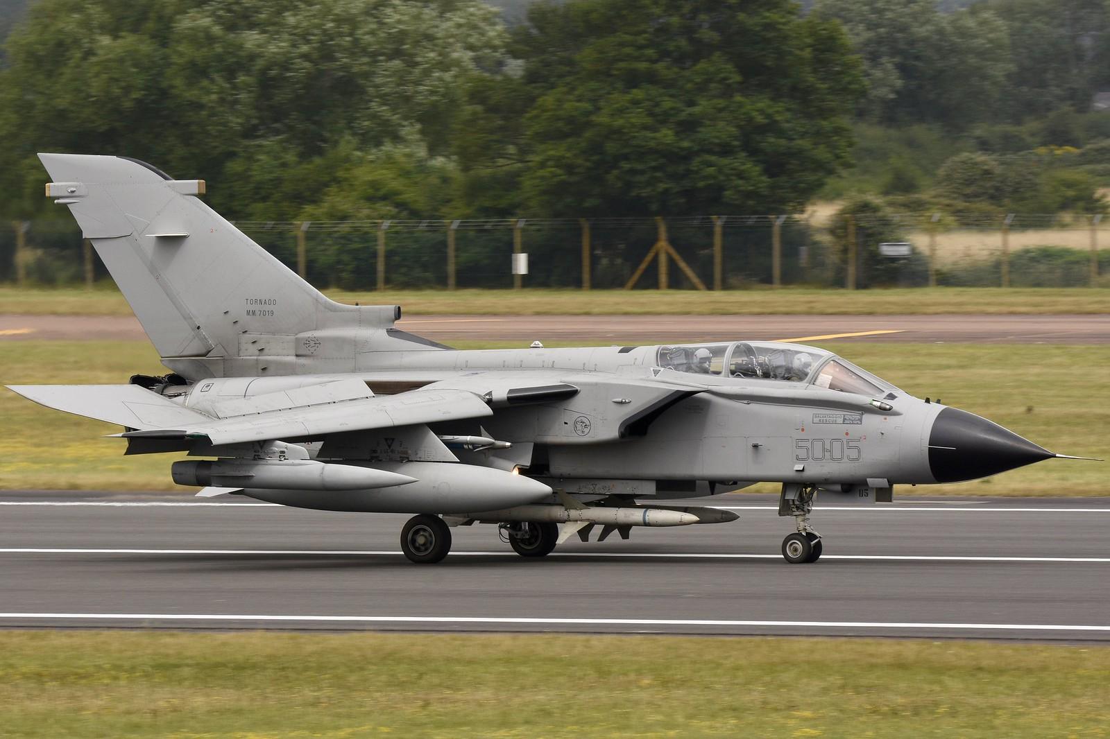 Panavia Tornado 19717765006_5e99be39ad_h