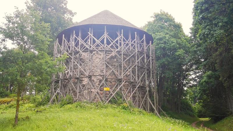 Mujānu baltais tornis